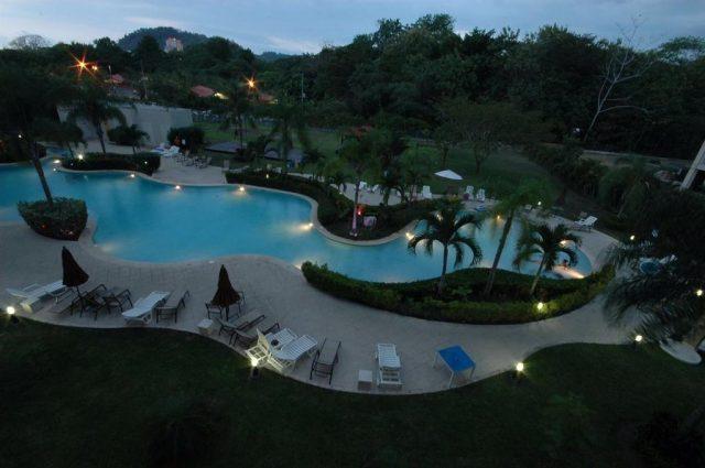 Вид ночью с балкона отеля