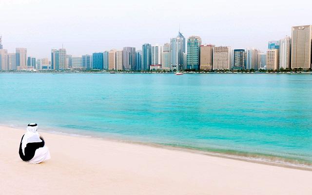 отели Абу-Даби с видом на море
