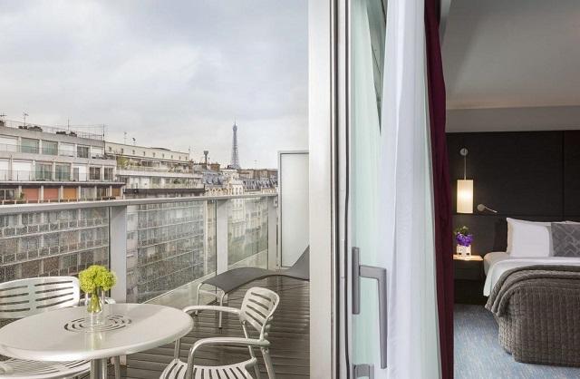 отель в Париже рядом с Эйфелевой башней