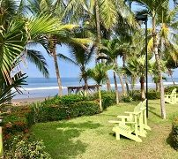 the-backyard-beachfront-hotel-5