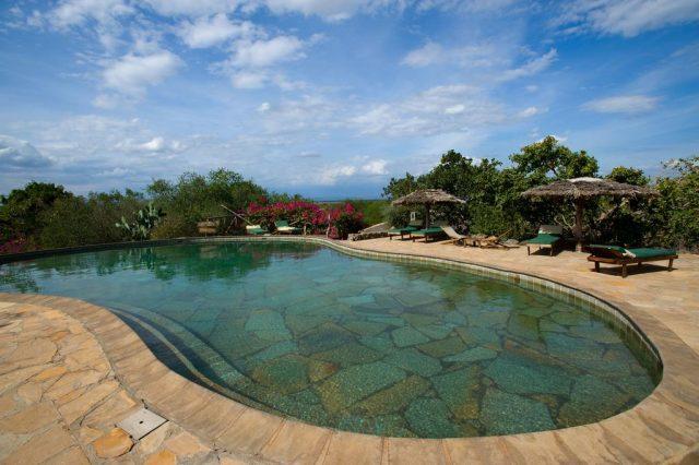 KIA-Lodge прекрасный вид из бассейна