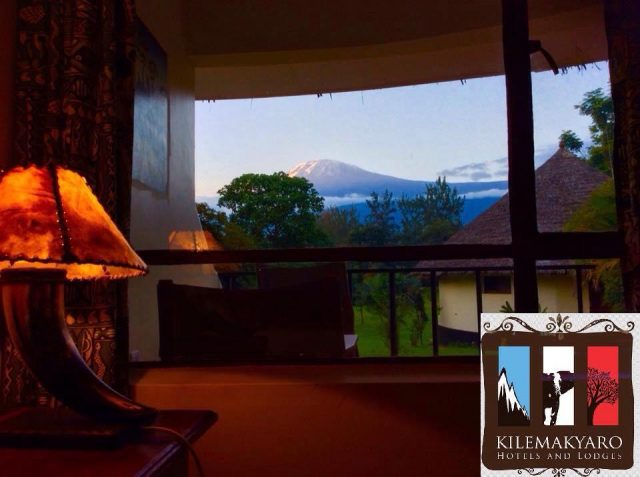 Kilemakyaro великолепный вид с балкона на гору Килиманджаро
