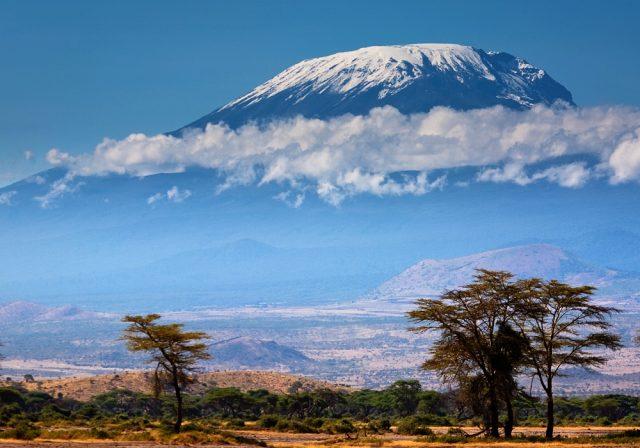 Невероятный вид горы Килиманджаро