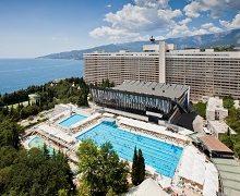 otel-yalta-inturist-5