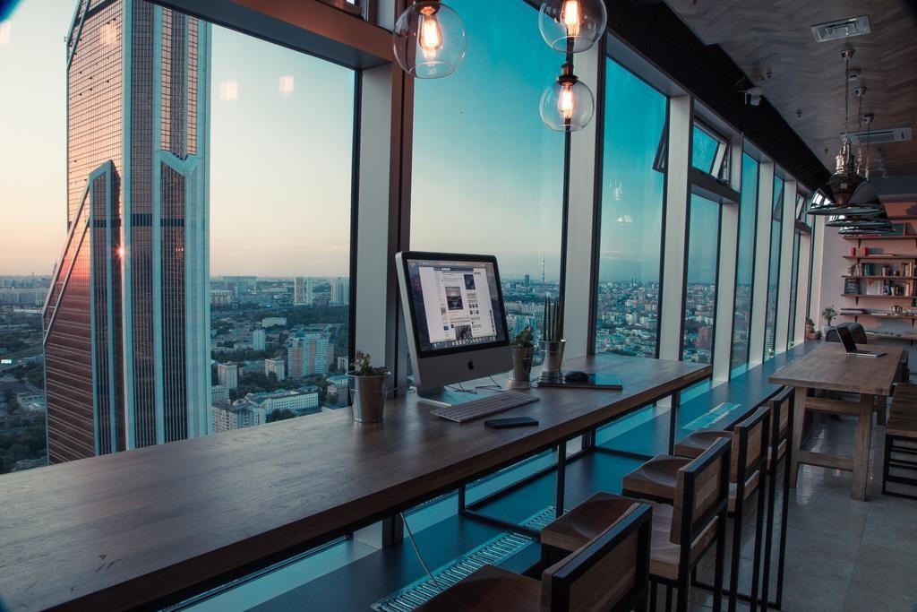 красивый вид из окна хостела на Москва-Сити hostel-icon2