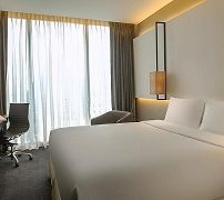amara-bangkok-hotel-1