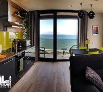 beachfront-apartment-with-panoramic-view-1