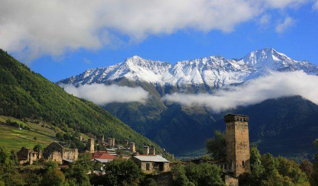 гостевые дома Грузии с красивым видом на горы