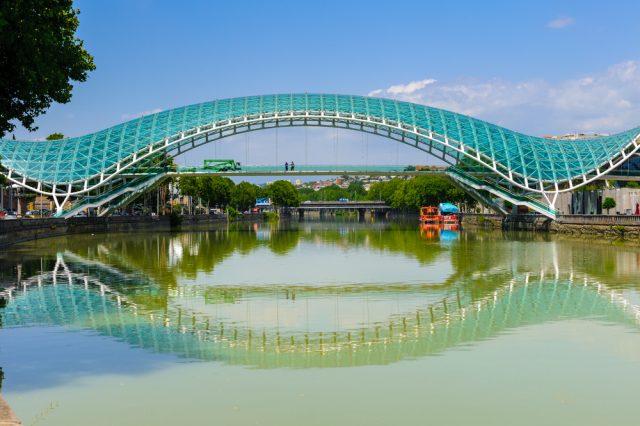 достопримечательность Грузии Мост Мира