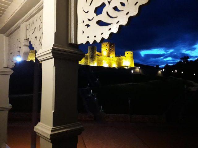 Вид из отеля на крепость Рабат