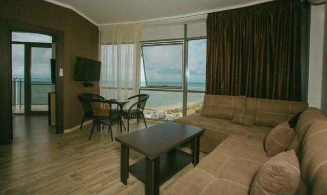апартаменты в Батуми недалеко от пляжа с видом на море
