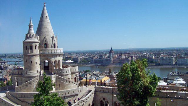 отели Будапешта с красивым видом на город