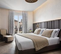 the-pantheon-iconic-rome-hotel-autograph-collection-6