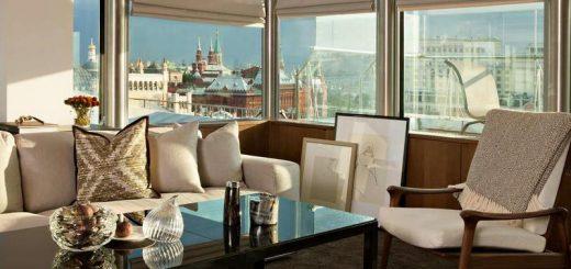 шикарные номера для новобрачных с видом на Кремль в отеле Москвы