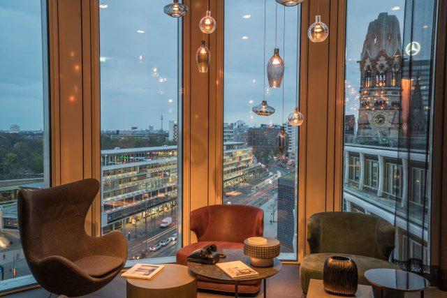 шикарный вид на достопримечательности Берлина из отеля