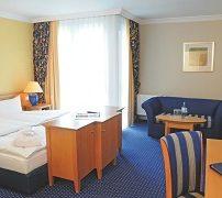upstalsboom-hotel-friedrichshain-1