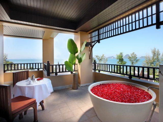 отели провинции Краби Таиланд с красивым видом на море из ванной