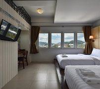 hotel-october-4