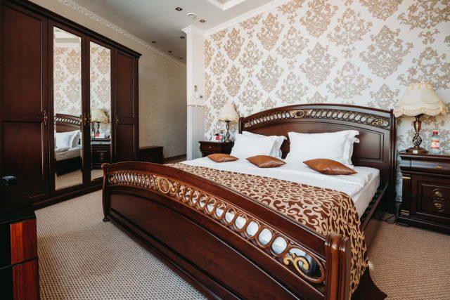 номера для новобрачных в отеле Ramada Yekaterinburg Hotel & Sра в Екатеринбурге