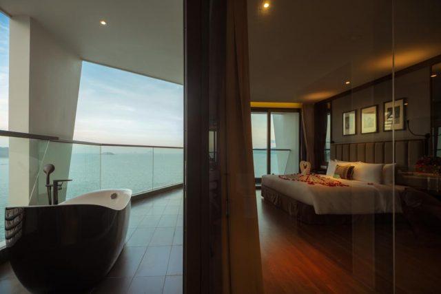 отель в Нячанге с красивым панорамным видом на море