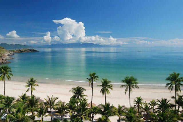 отели в Фантхьете с красивым видом на море