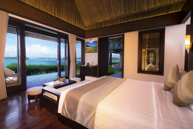 бунгало в Нячанге с красивым панорамным видом на море и пляж