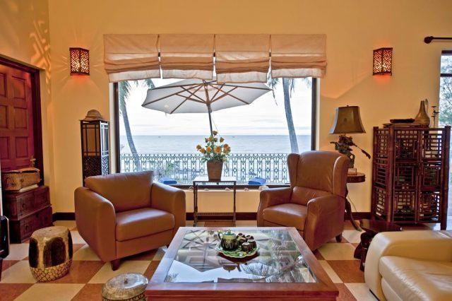 отель на первой линии в Муйне с красивым видом на море