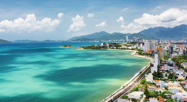 отели Нячанга Вьетнам с красивым видом на море и горы