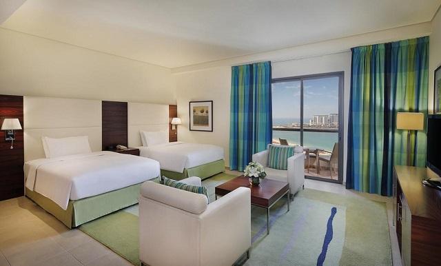 отель в Дубае с видом на пляж Джумейра