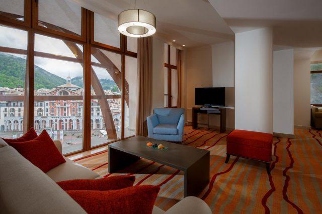 отель в Красной Поляне с красивым видом на горы