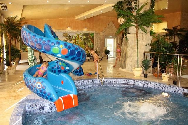 аквапарк для детей в Подмосковном отеле berezhki holl