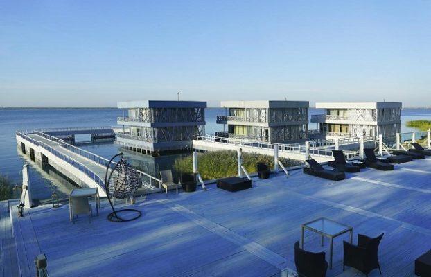 номера в отеле Buen Retiro с видом на залив