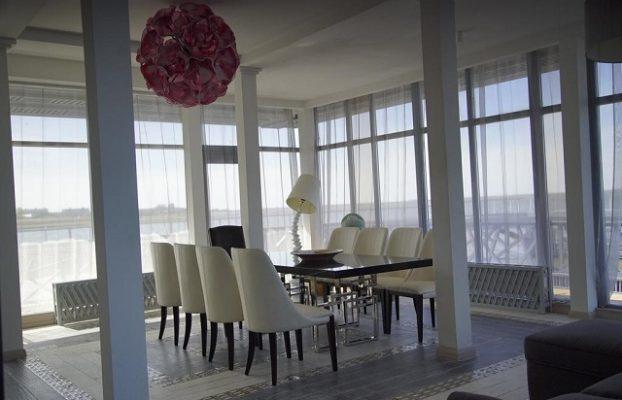 панорамный номер с видом на Калининградский залив
