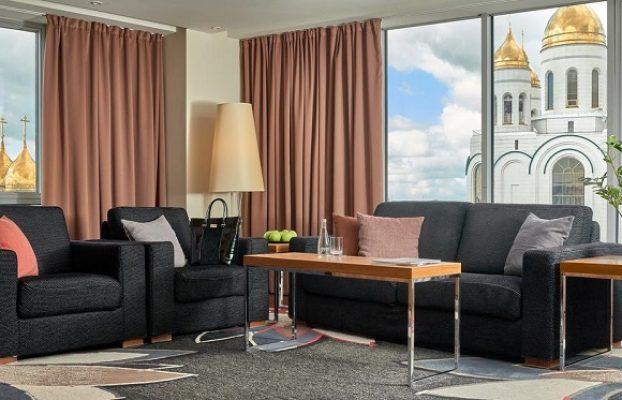 номер с панорамными окнами в видовом отеле Radisson Blu Hotel Kaliningrad