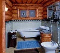 загородный дом с оборудованной ванной комнатой