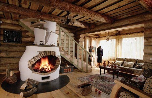 дом с камином в лесу в Подмосковье