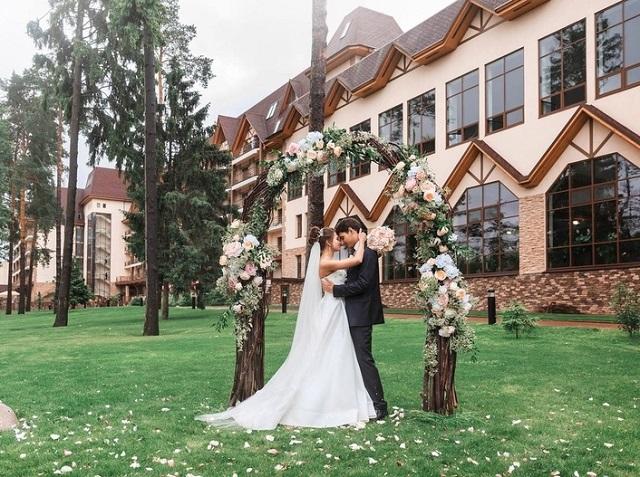 отели Подмосковья для проведения свадебных мероприятий