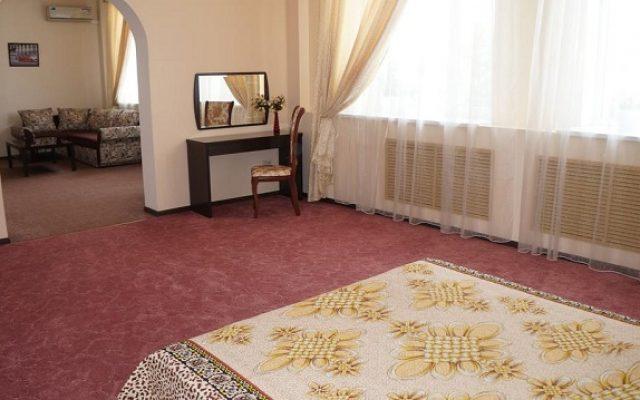 hotel-dio-lakrua