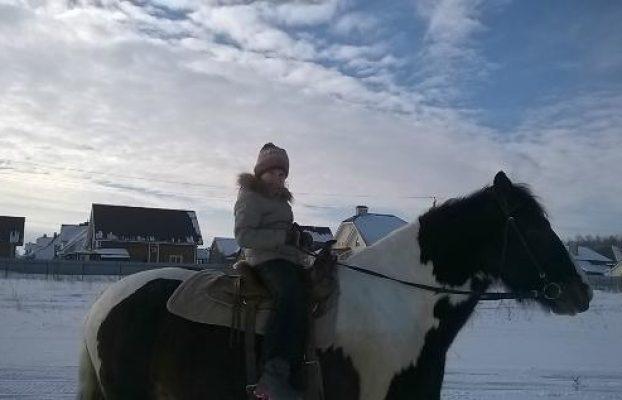катание на лошадях в отеле Ранчо