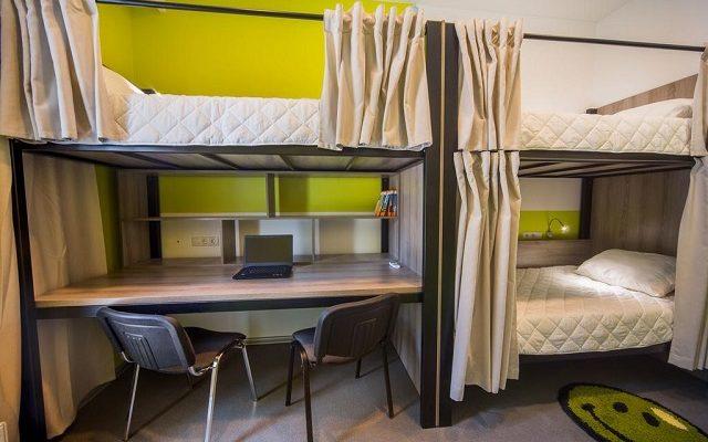 hostel-academia2