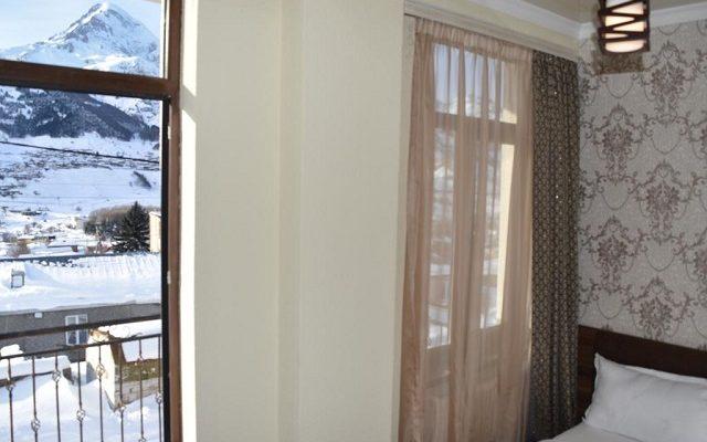 hotel-on-tabidze-421
