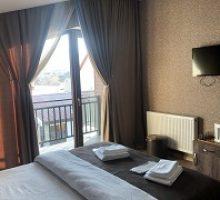 sunny-hotel-2