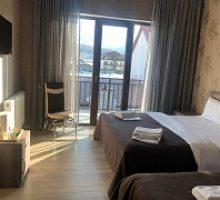 sunny-hotel-3