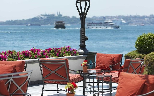four-seasons-hotel-istanbul-at-the-bosphorus
