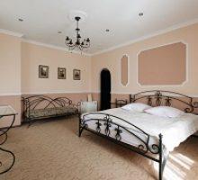 mini-hotel-paradise-2