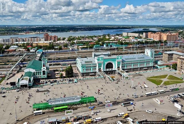 отели в Новосибирске рядом с железнодорожным вокзалом