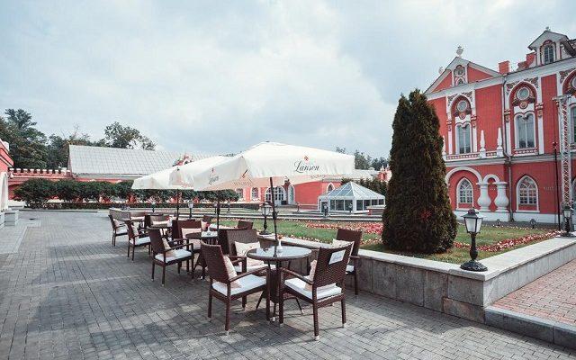 petrovskij-putevoj-dvorec-butik-otel2