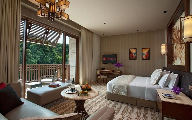 resorts-world-sentosa-equarius-hotel1