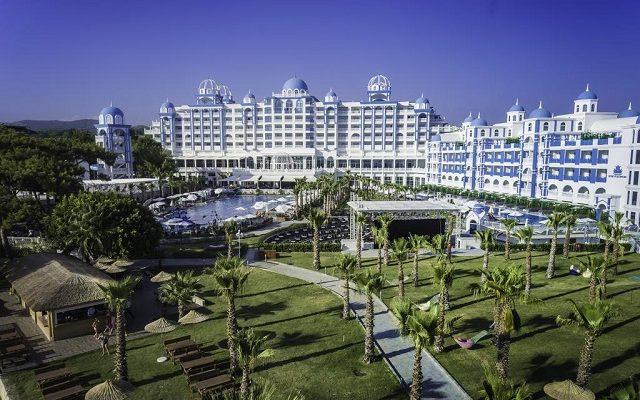 rubi-platinum-spa-resort-suites