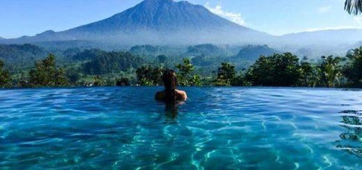 Отели Бали с бескрайним бассейном инфинити